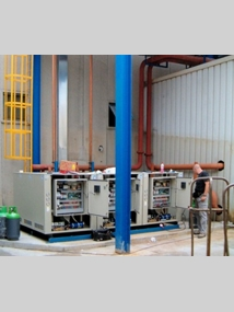 Triple refrigeration unit in customer-specific split version